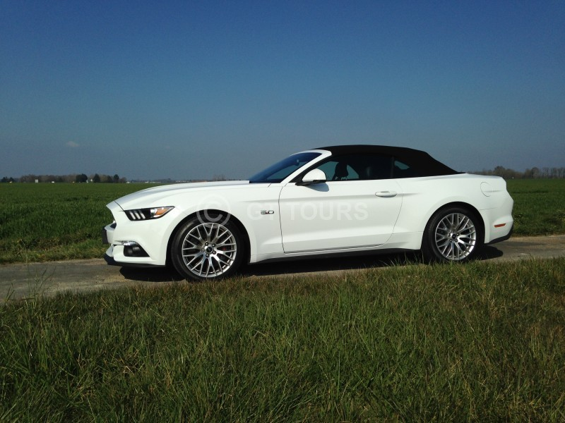 gt tours location auto moto location voitures ford mustang v8 cabriolet. Black Bedroom Furniture Sets. Home Design Ideas